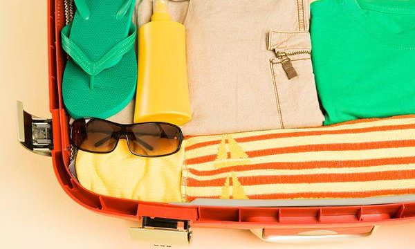 How to Pack & Stay Light when Traveling